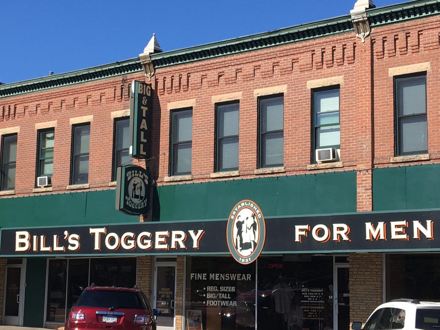 Bill's Toggery Downtown Shakopee Shopping