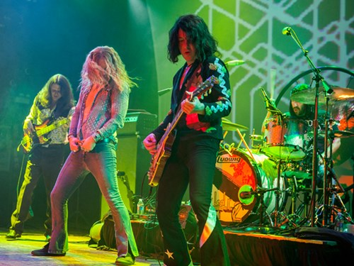 Led Zeppelin 2: The Live Experience