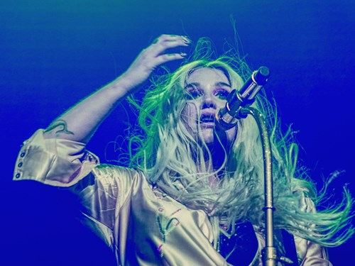 Kesha – Rainbow Tour 2018