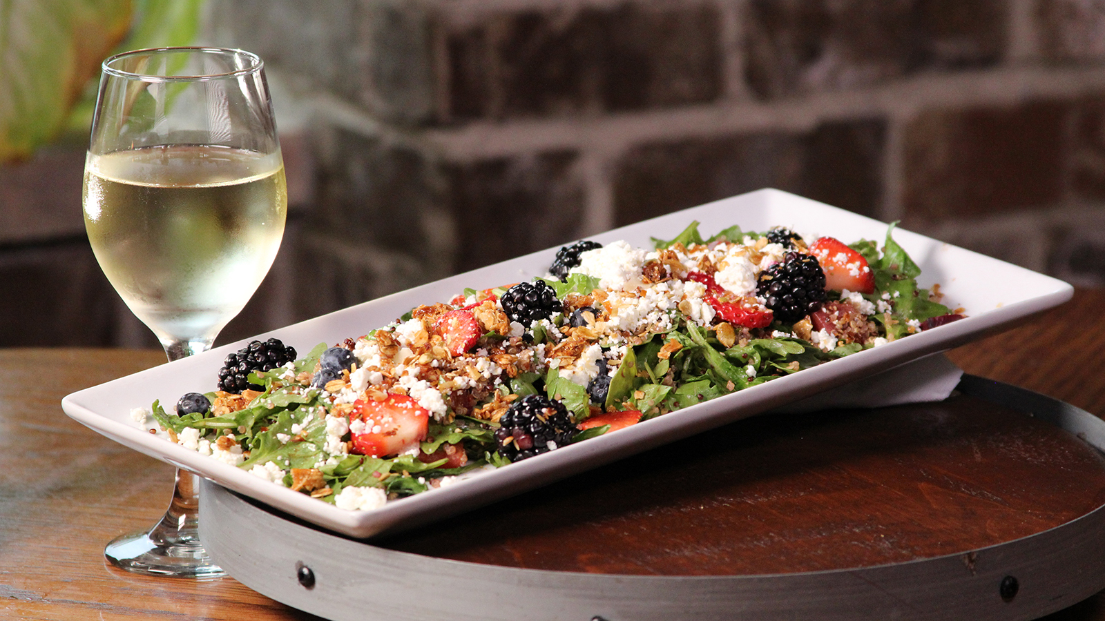 9 Places to Eat & Drink Like a Local in Shakopee