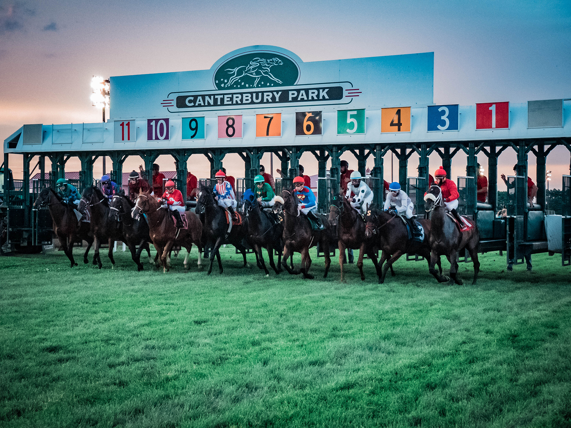 Canterbury Park Live Racing Returns
