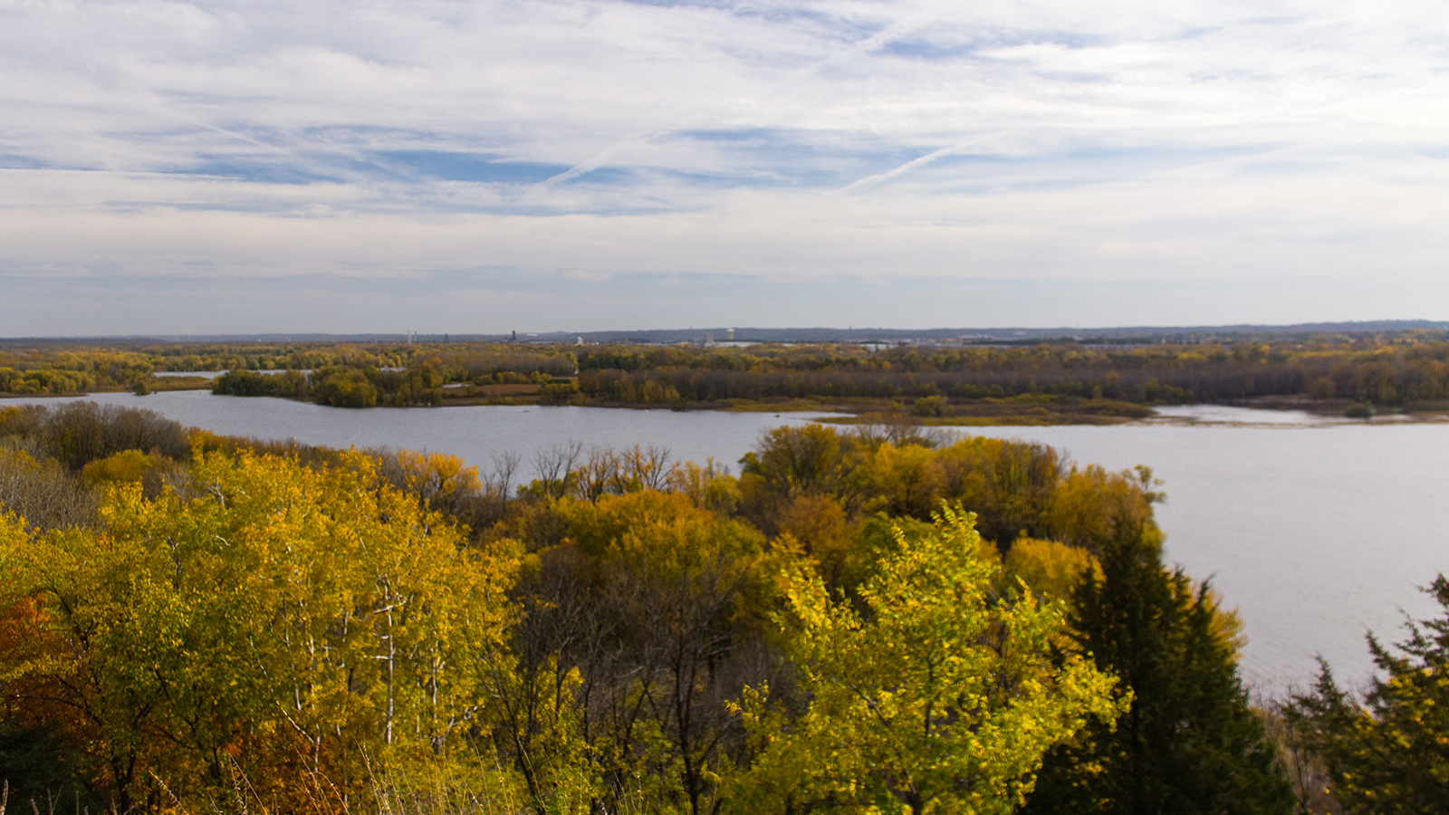 Enjoy The Outdoors In Shakopee This Fall